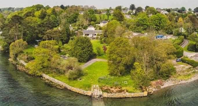 5 Bedrooms Detached House for sale in Cadnant Gate And Boathouse, Menai Bridge