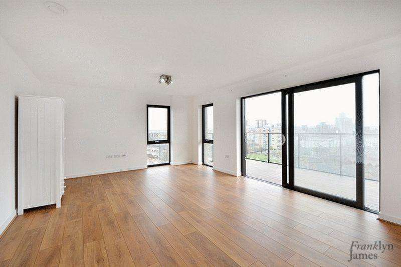 3 Bedrooms Apartment Flat for sale in Boathouse Apartments, Poplar, E14