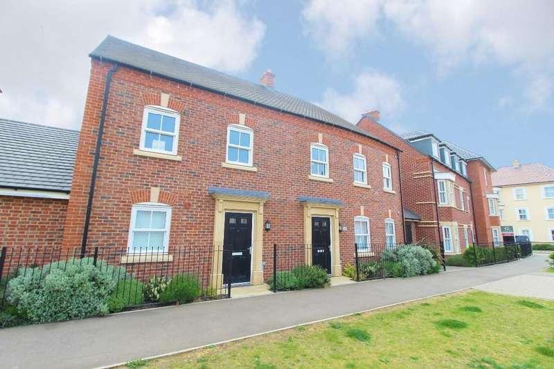 2 Bedrooms Maisonette Flat for sale in King Alfred Way, Great Denham, Mk40