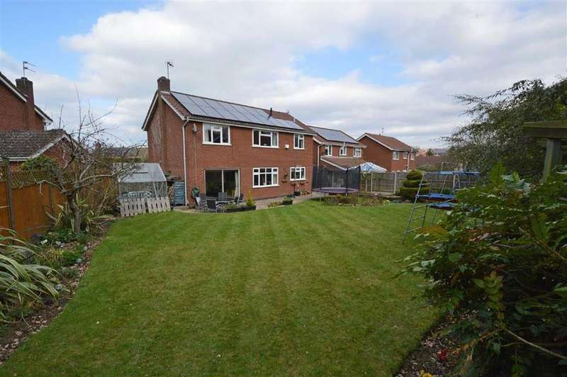 4 Bedrooms Detached House for sale in Slate Close, Glenfield