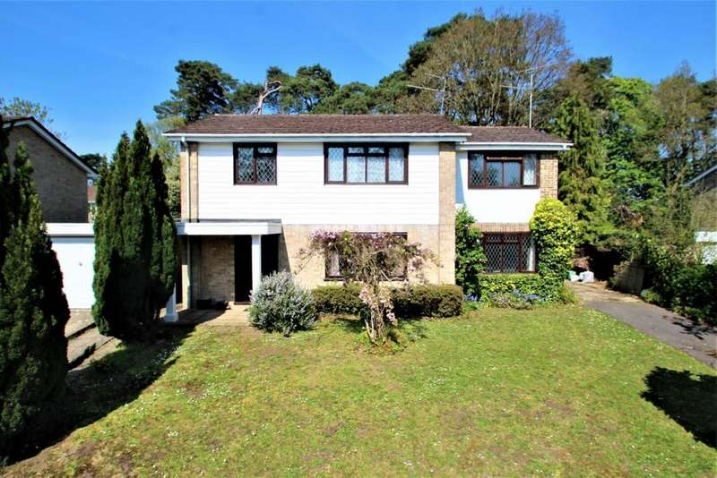 5 Bedrooms Detached House for sale in Goodwood Close, Burghfield Common, RG7