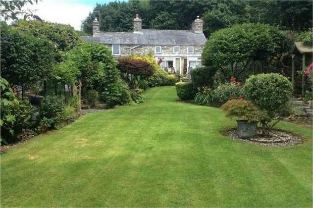 3 Bedrooms Semi Detached House for sale in Llanbedr, Llanbedr, Gwynedd