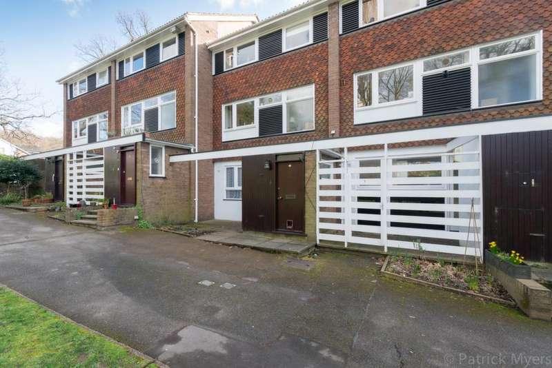 3 Bedrooms Maisonette Flat for sale in Breakspeare College Road