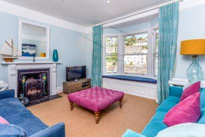 4 Bedrooms Semi Detached House for sale in Dartmouth