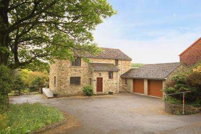 4 Bedrooms Detached House for sale in Station Road, Hope, Hope Valley