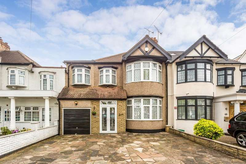 4 Bedrooms Terraced House for sale in Stradbroke Grove, Redbridge, IG5