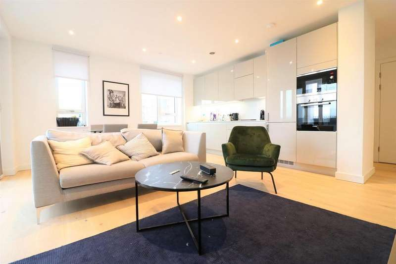 3 Bedrooms Apartment Flat for sale in Ferraro House, West Grove, Elephant Park, London SE17