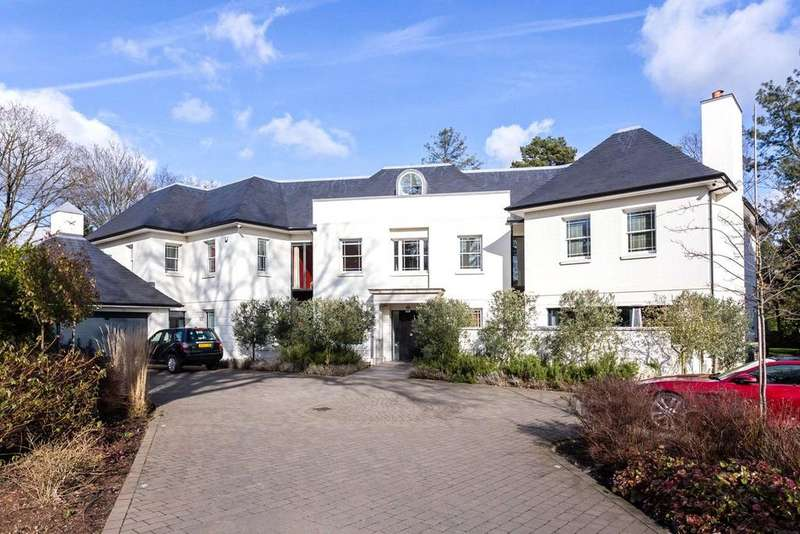 9 Bedrooms Detached House for sale in Golf Club Drive, Kingston Upon Thames