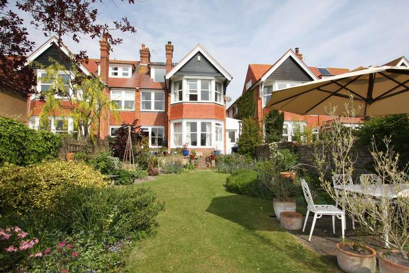4 Bedrooms Semi Detached House for sale in Vicarage Drive, Eastbourne BN20