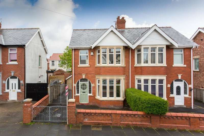 3 Bedrooms Semi Detached House for sale in Mayfair Road, South Shore, Blackpool, Lancashire, FY1 6QZ