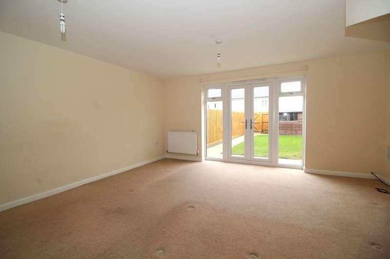 3 Bedrooms Property for sale in Wilkinson Road, Kempston, Bedford, MK42