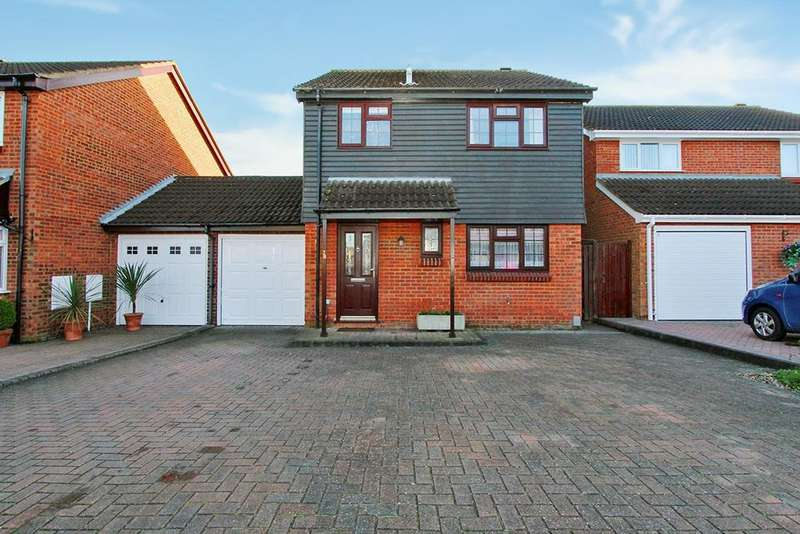 3 Bedrooms Link Detached House for sale in Buckfast Avenue, Bedford, MK41