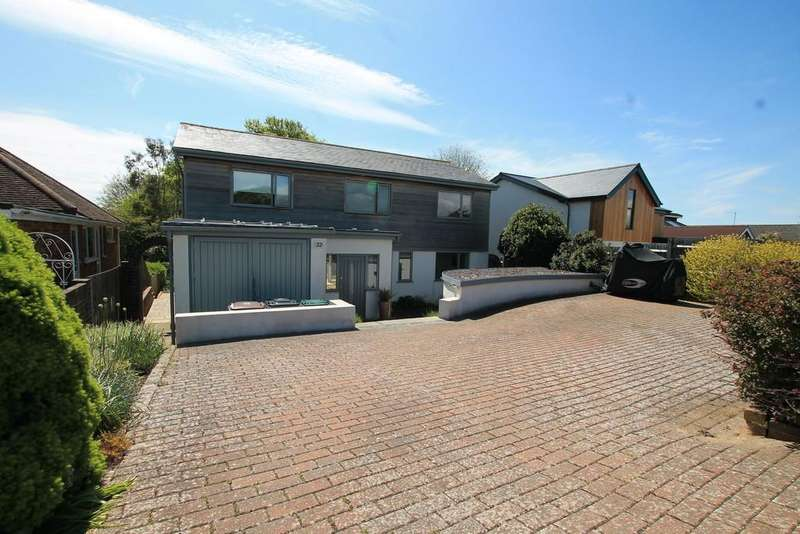 5 Bedrooms Detached House for sale in Windmill Drive, Brighton, East Sussex BN1 5HG
