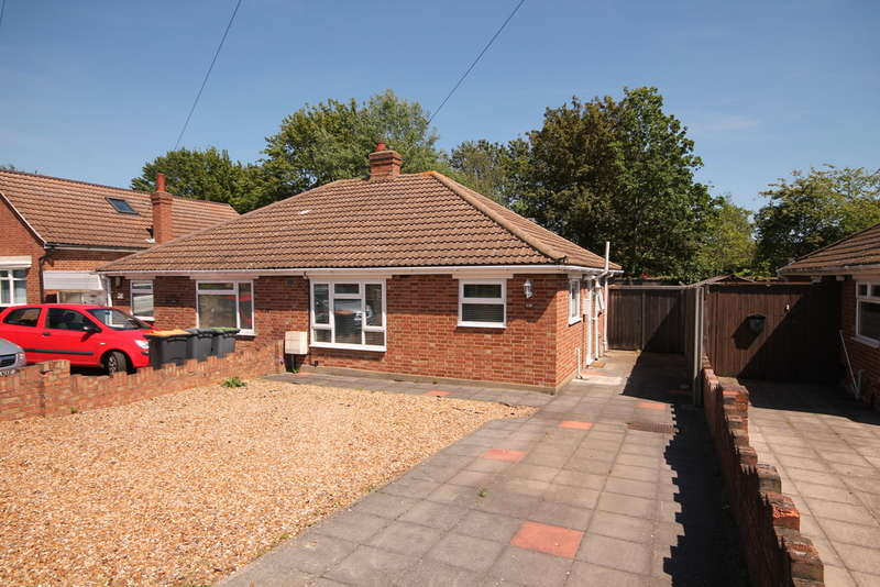 2 Bedrooms Bungalow for sale in Margetts Road, Bedford, MK42