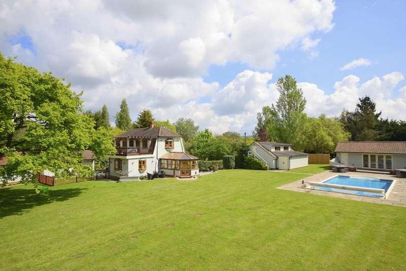 4 Bedrooms Detached House for sale in Sandon - Fenn Wright Signature