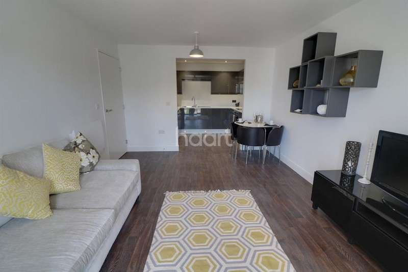 1 Bedroom Flat for sale in West Point Apartments, Cardiff Road, Newport