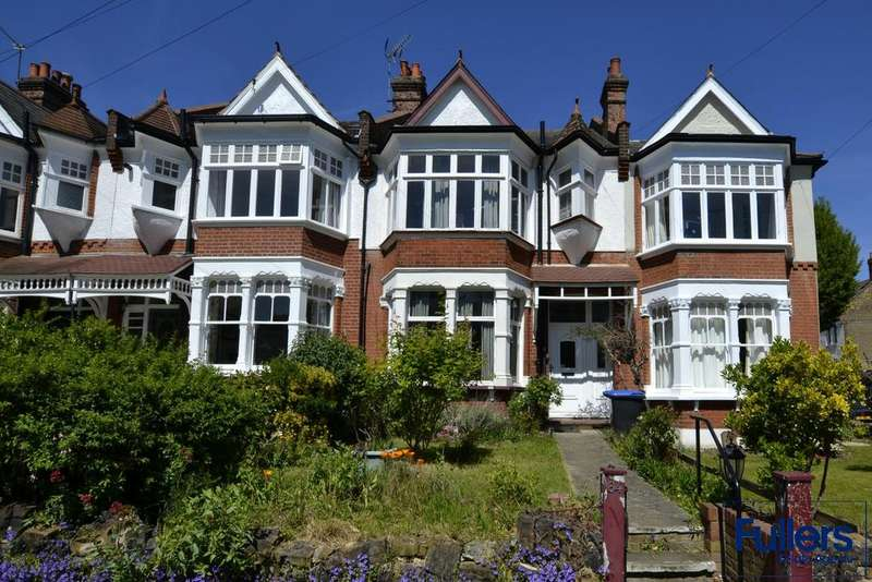 4 Bedrooms Terraced House for sale in Compton Road, Winchmore Hill, London N21