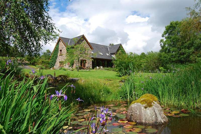 6 Bedrooms Detached House for sale in Roineabhal, Kilchrenan, By Taynuilt, PA35 1HD