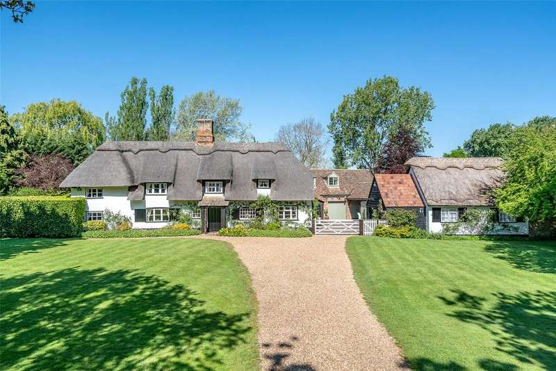 5 Bedrooms Detached House for sale in The Green, Hilton, Huntingdon, Cambridgeshire