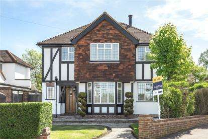 4 Bedrooms Detached House for sale in Woodland Way, West Wickham