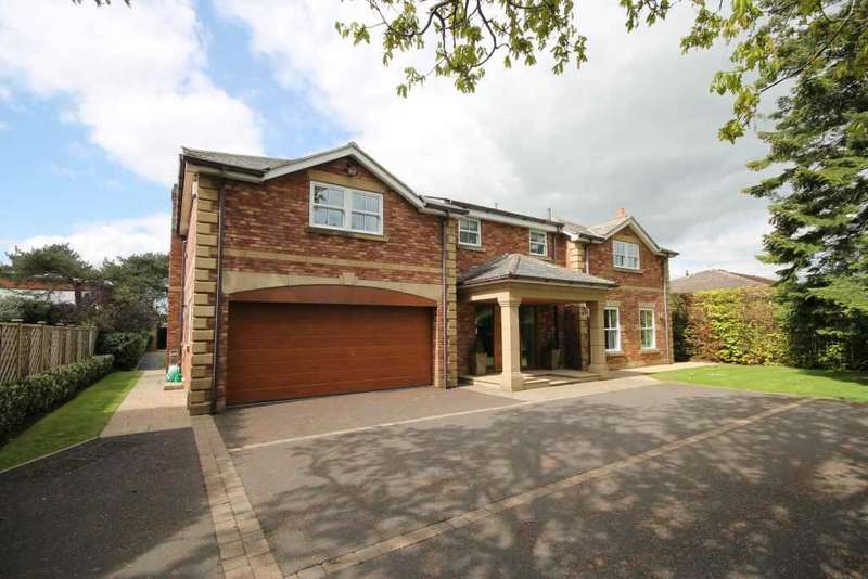 4 Bedrooms Detached House for sale in Middle Drive, Darras Hall, Newcastle Upon Tyne