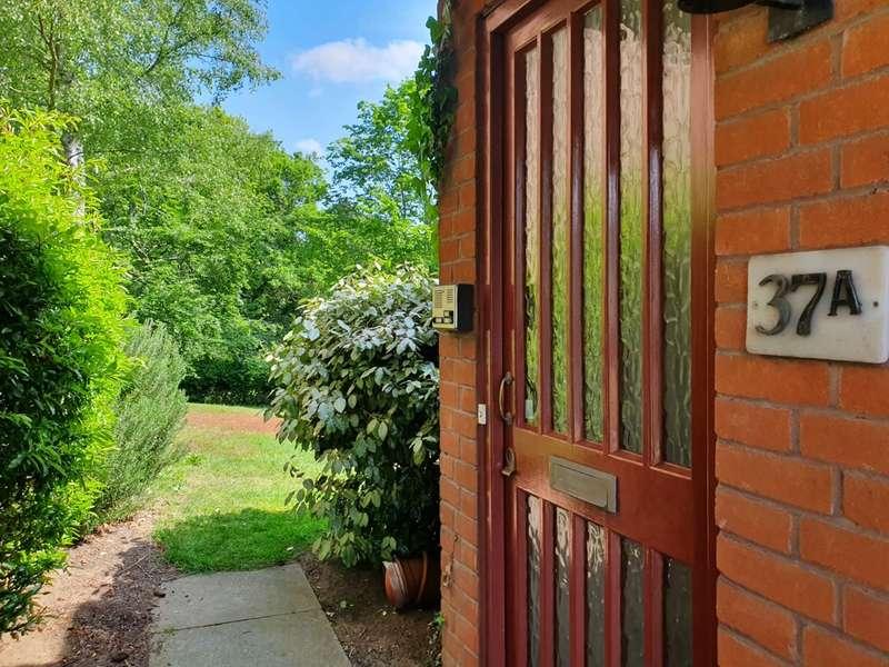 1 Bedroom Flat for sale in Preston Close, Ampthill, MK45