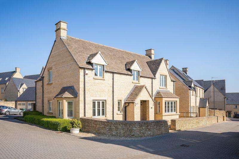 5 Bedrooms Detached House for rent in Savory Way - Corinium Via - Cirencester - GL7
