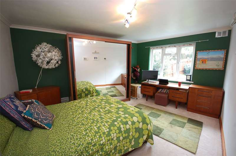 2 Bedrooms Property for sale in Dollis Court, Crescent Road, Finchley