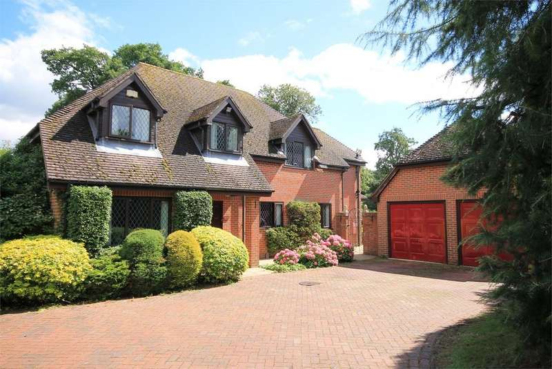5 Bedrooms Detached House for sale in Round End, NEWBURY, RG14