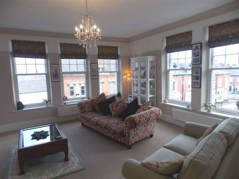 2 Bedrooms Penthouse Flat for sale in Thurnams House, Carlisle, Carlisle