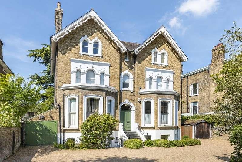 3 Bedrooms Flat for sale in Pond Road London SE3