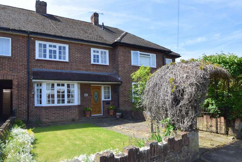 3 Bedrooms Terraced House for sale in Colenorton Crescent, Eton Wick, SL4