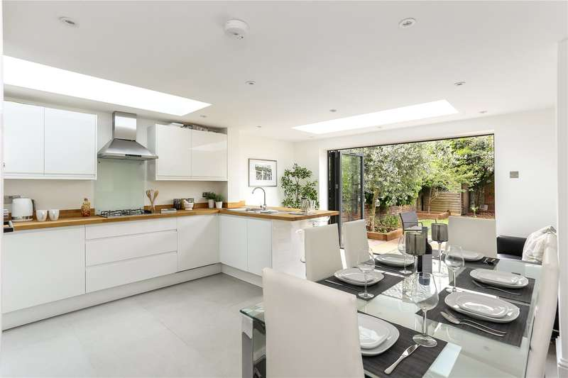 4 Bedrooms Terraced House for sale in Windmill Road, London, W4