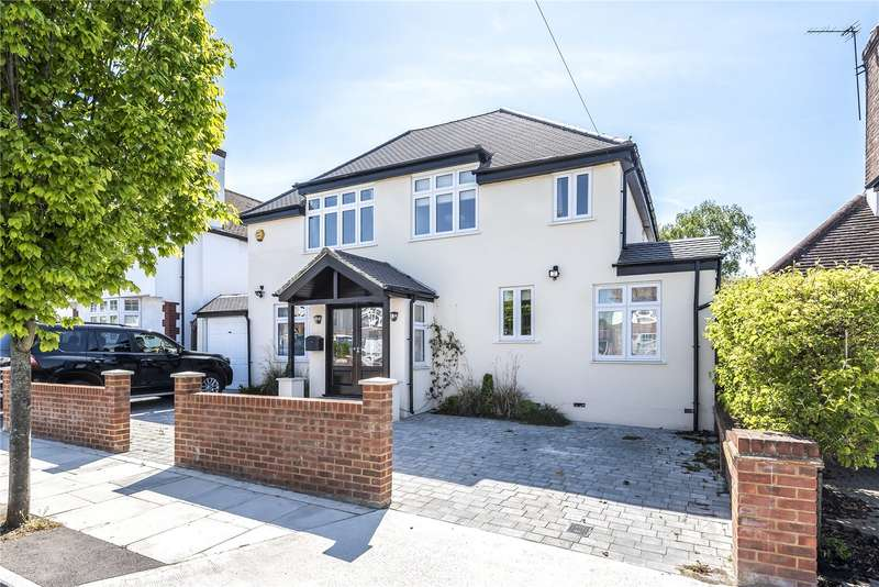 6 Bedrooms Detached House for sale in The Ridgeway, Ruislip, Middlesex, HA4