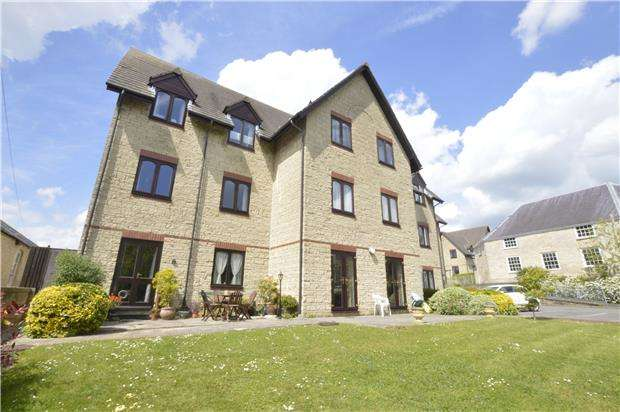 1 Bedroom Flat for sale in Wesley Court, STROUD, Gloucestershire, GL5 1DS