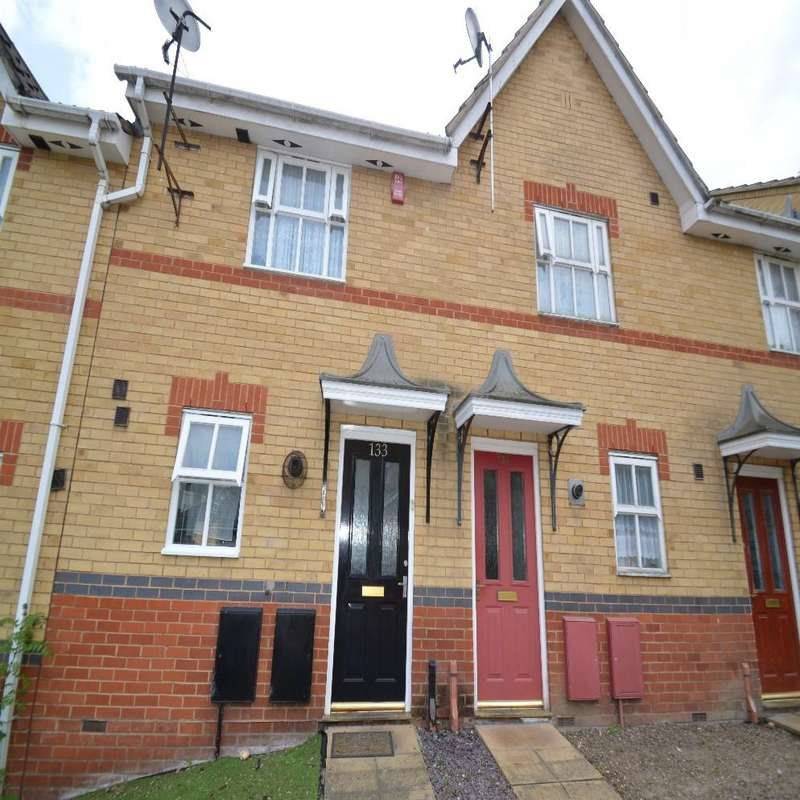 2 Bedrooms Terraced House for sale in Brookhill Road, London SE18