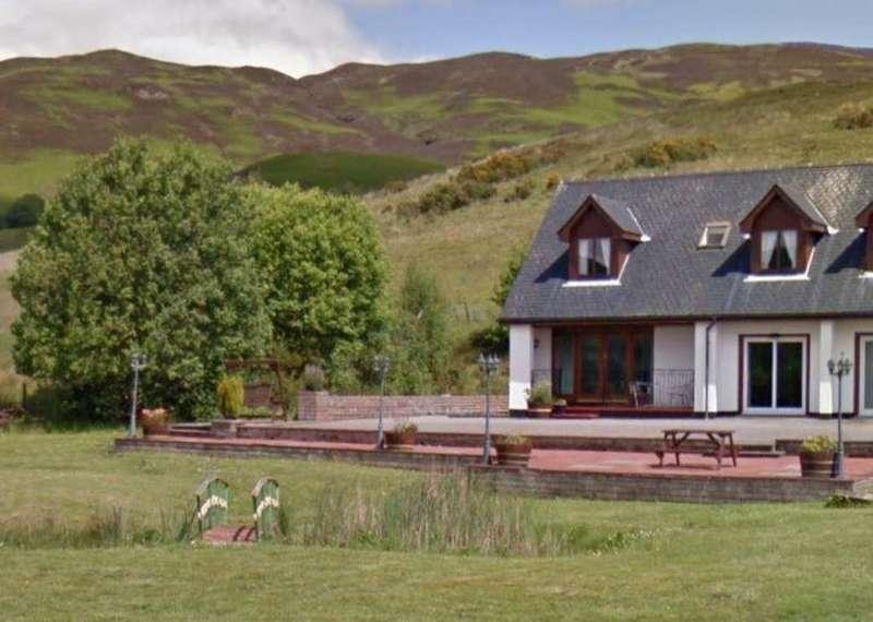 2 Bedrooms Semi Detached House for sale in 2 Springburn Cottages