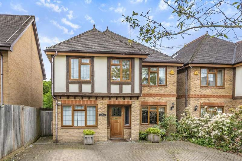 5 Bedrooms Detached House for sale in Northiam, Woodside Park, N12