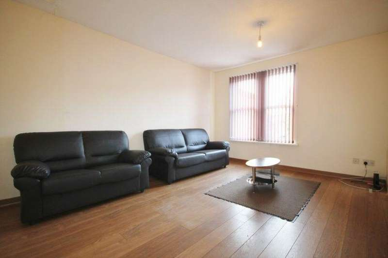 5 Bedrooms Apartment Flat for rent in Braunstone Gate, Leicester LE3 5LG