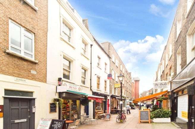 1 Bedroom Apartment Flat for sale in Charlotte Place, Fitzrovia, London, W1T
