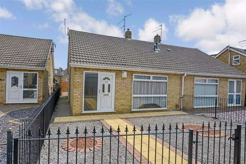 3 Bedrooms Semi Detached Bungalow for sale in Grizedale, Sutton Park, Hull, East Yorkshire, HU7
