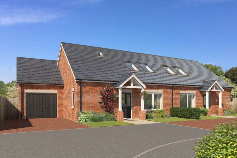 3 Bedrooms Detached Bungalow for sale in The Nurseries, Whitby, North Yorkshire, YO21