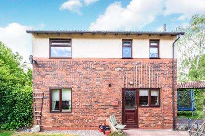 3 Bedrooms Detached House for sale in Woolmer Close, Birchwood, Warrington, Cheshire