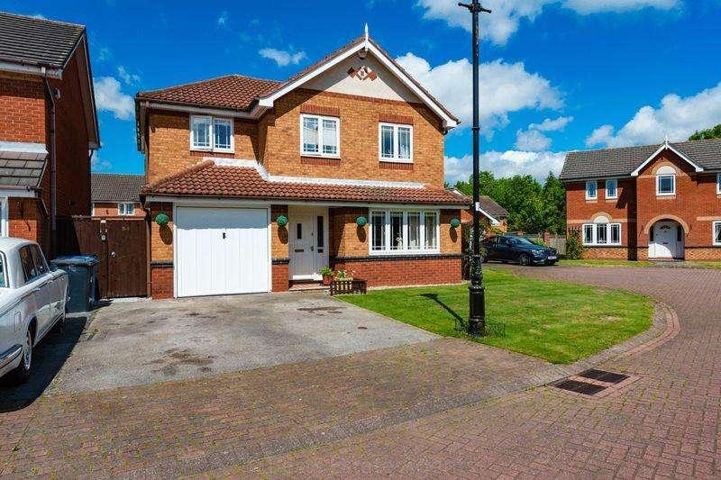 4 Bedrooms Detached House for sale in Malmesbury Park, Sandymooor, Runcorn