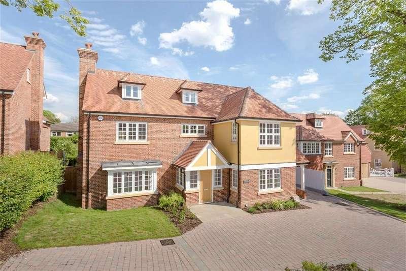 5 Bedrooms Detached House for sale in Wallen Park, Sawbridgeworth, Hertfordshire