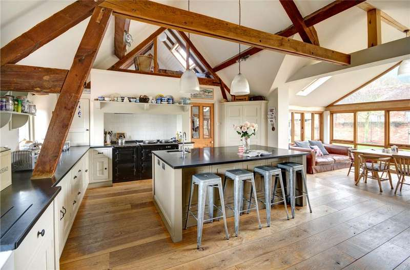 5 Bedrooms Unique Property for sale in Gretton, Nr Winchcombe, Gloucestershire, GL54