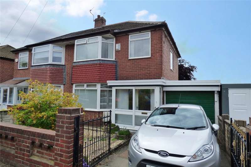 3 Bedrooms Semi Detached House for sale in West Avenue, New Moston, Manchester, M40