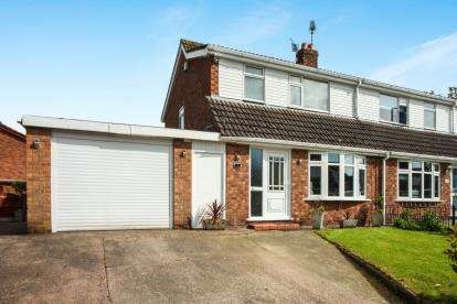 3 Bedrooms Semi Detached House for sale in Sandyhill Road, Winsford, Cheshire