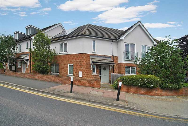 3 Bedrooms Semi Detached House for sale in Rectory Lane, Sidcup