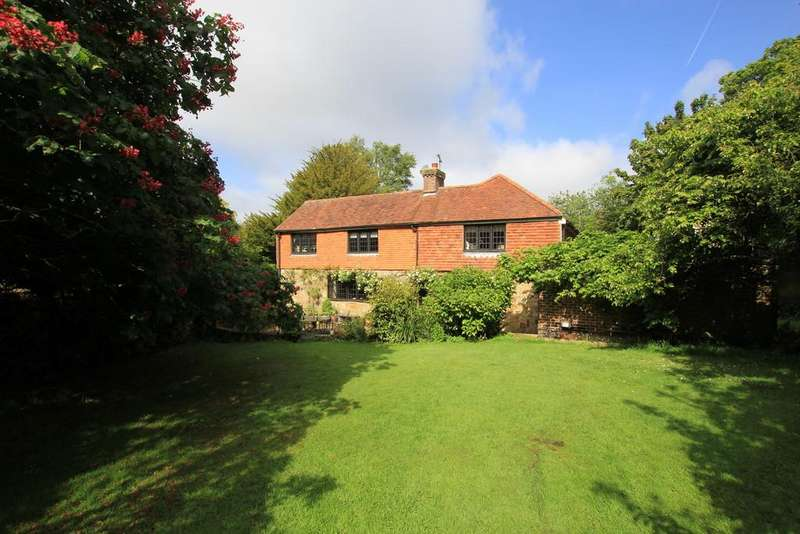 4 Bedrooms Detached House for sale in North Street, Punnetts Town